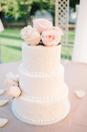 Hand Piped, Paisley Wedding Cake