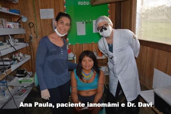 Paula, paciente ianomâmi e Dr. Davi