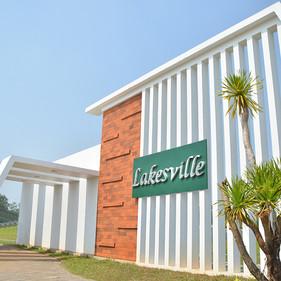Greenville Cileungsi - Lakesville Gate