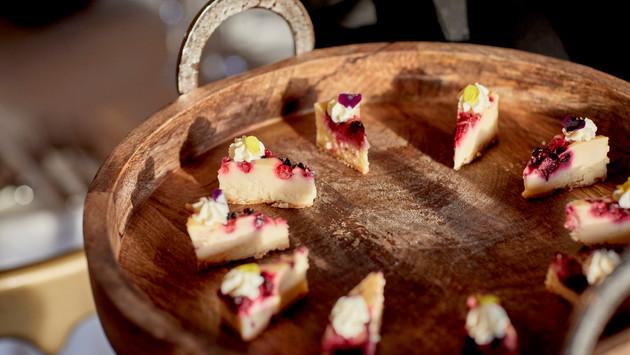Mini Cheesecake Slices
