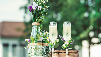 Bride and Groom Arrival Drinks