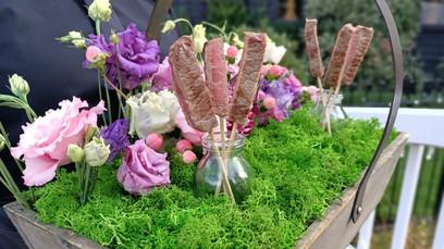Stunning Canapé Flower Box