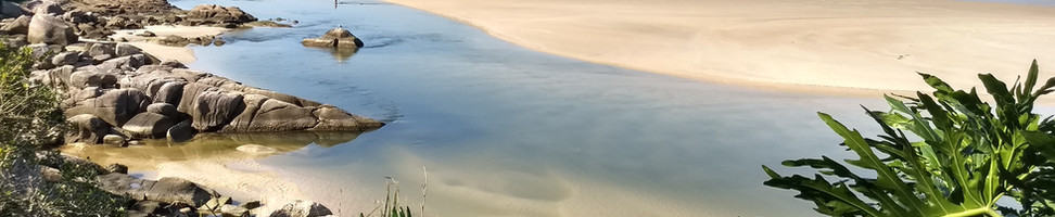 Ao longo da trilha os visitantes se deparam com vistas espetaculares, do Rio da Madre, da ponta da praia da Guarda e o Costão. Foto: Acervo da Pousada  .