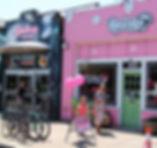 Carytown-cupcakes-outside.jpg