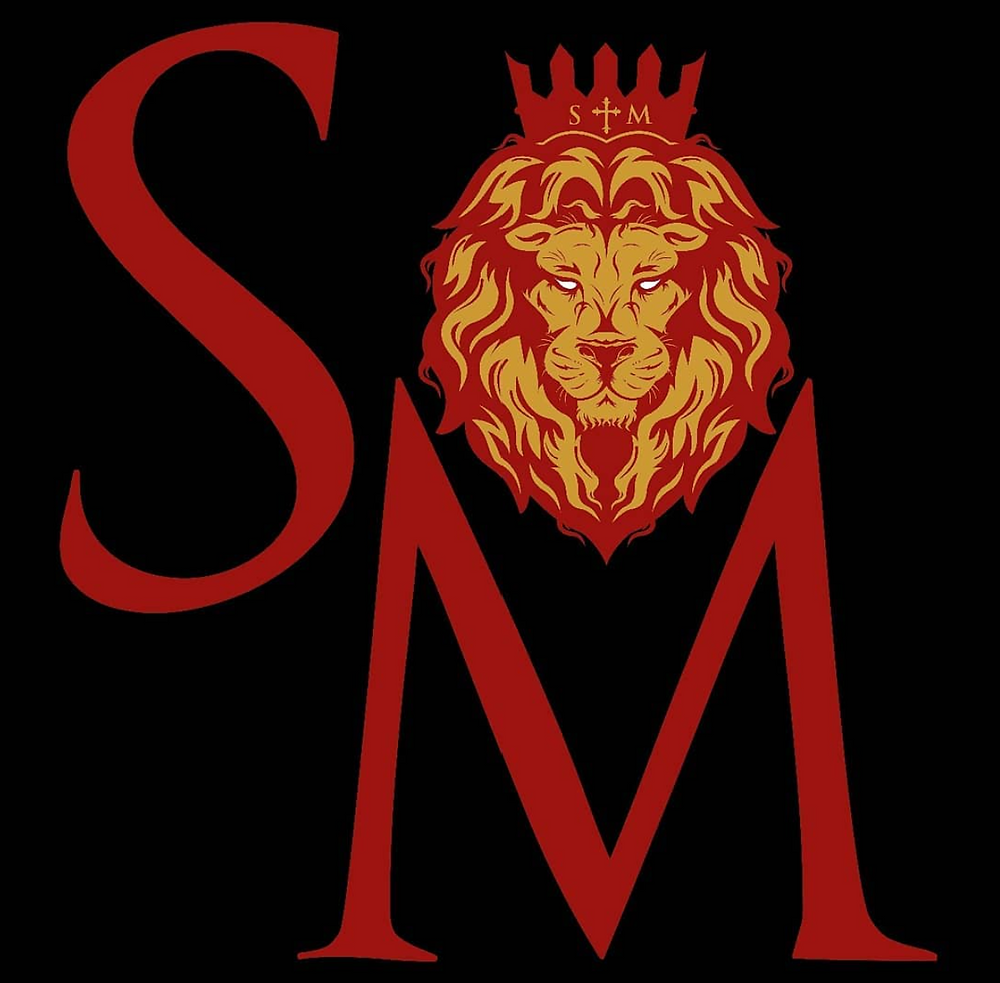 The letters S and M are in red set against a black background. A red and orange lion with a red crown is positioned above the M.