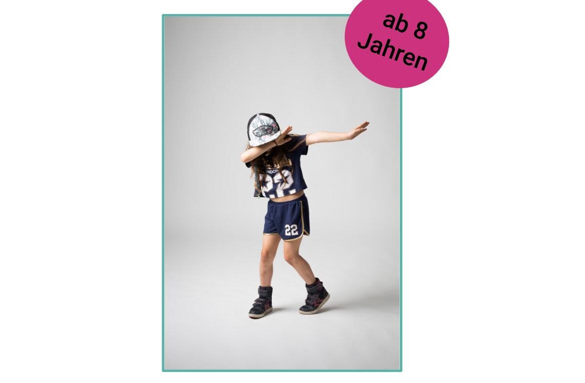 Videoclip Dancing ab 8 J.