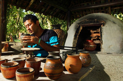 indigenous_pottery4