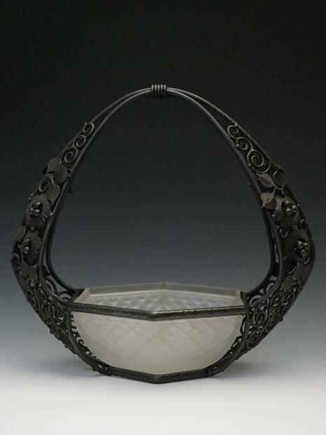 LORRAIN  アール・デコ鉄製バスケット