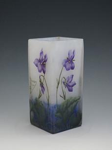 スミレ文花瓶 H:12