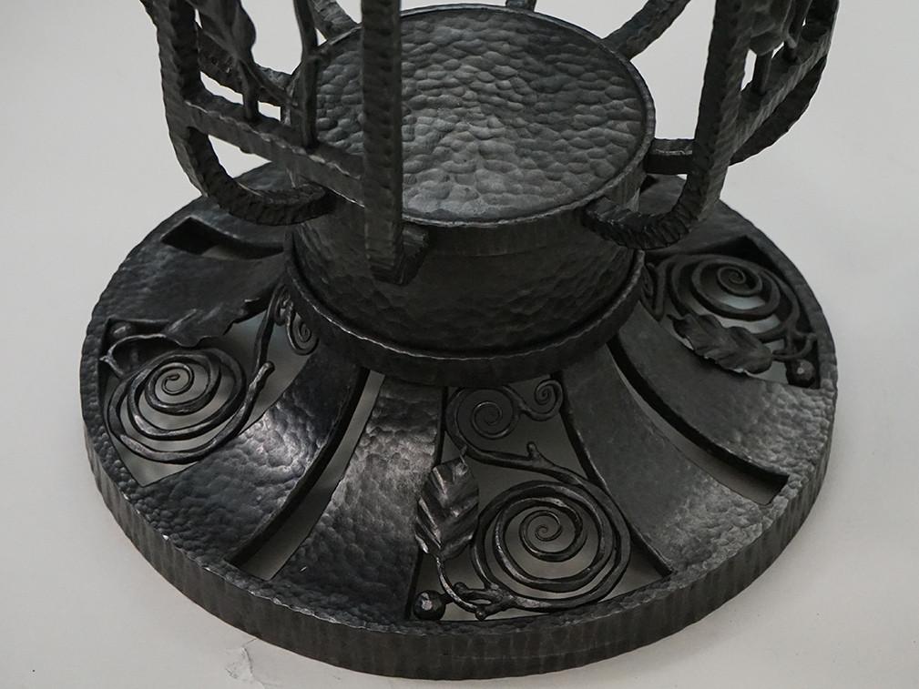 鉄製テーブル部分3.jpg