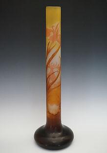 ガレ アイリスと睡蓮文花瓶 H:59.5HP.jpg
