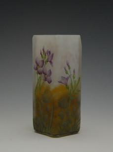ムラサキナズナ文花瓶