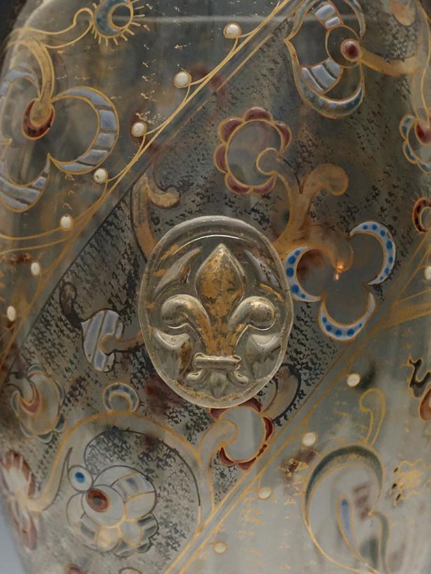 ガレ 獅子文花瓶部分2HP.jpg