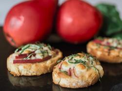 Pear-Gorgonzola-Crostini