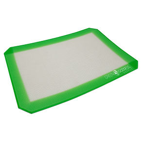 "Green goddess. Non-stick silicone mat (8"" x 12"")."