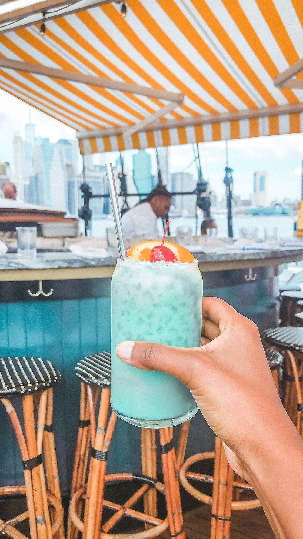 Drinks a Pilot - 24 Hours in New York City - Your Unique One-Day Itinerary