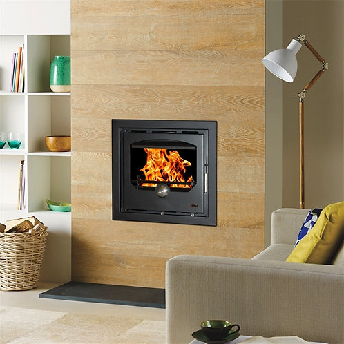 The Hamc Morgan 60C is the largest of the non boiler Morgan range of inset stoves. It offers a very generous output of 10Kw .