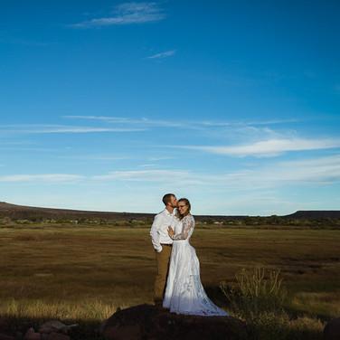 tucson-wedding-photographer-couple-epic-