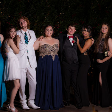 prom group photo