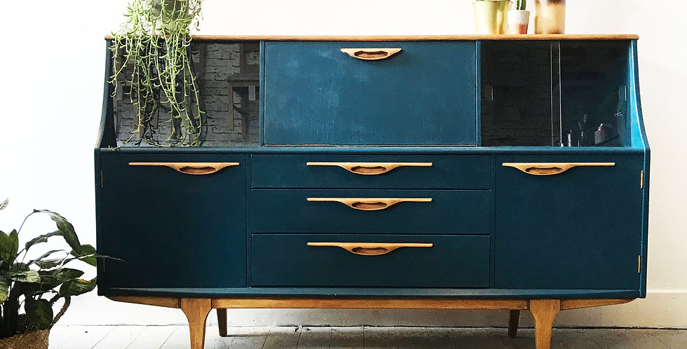 Mid Century Sideboard/ Display Cabinet