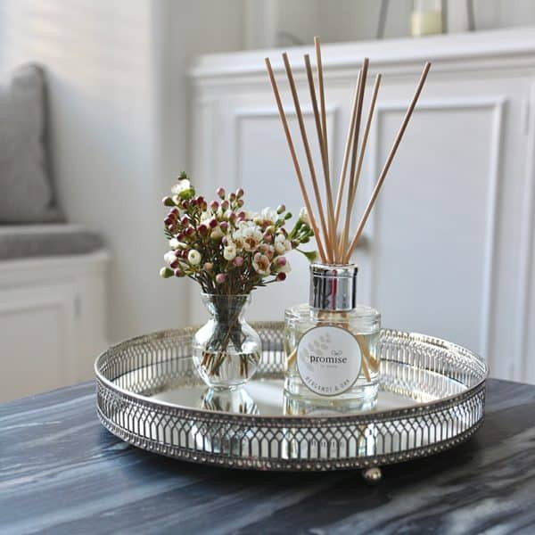 diffuser, a promise in store, candles