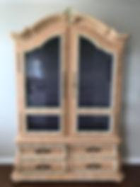 custom_display_cabinet.jpeg