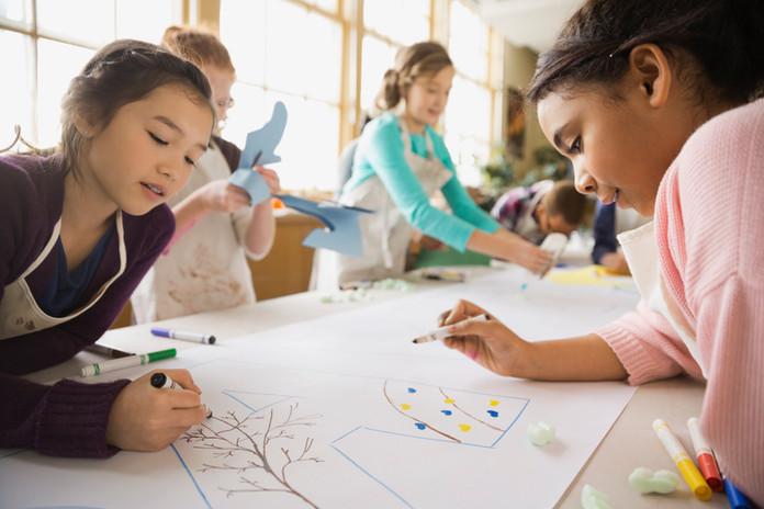 Les enfants à colorier
