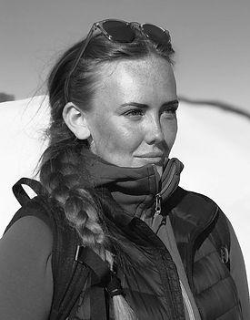 Carolina Runesson _edited.jpg