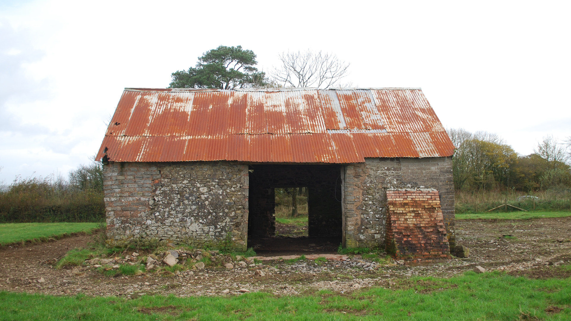 Empty barn for conversion