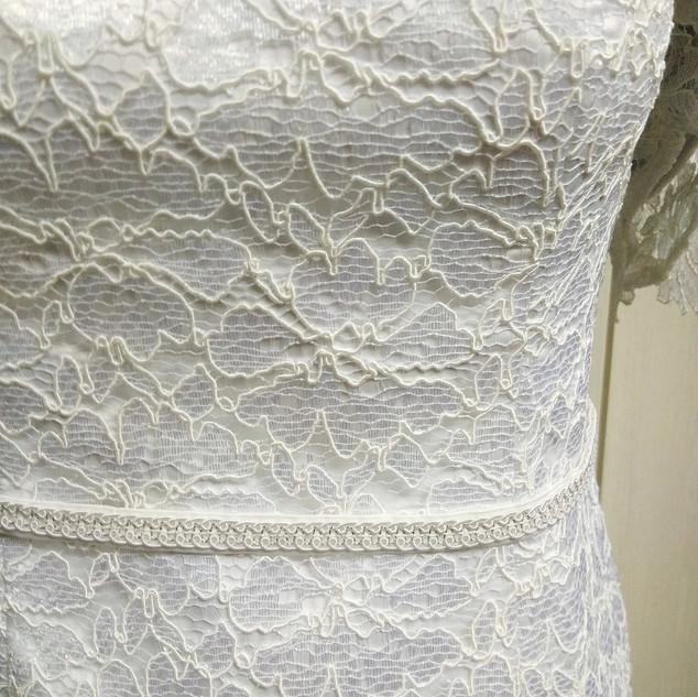 Bianza's white lace Filipiniana Details.