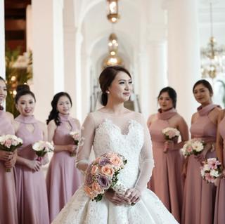 Kate wedding + entourage gown