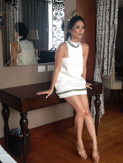 Heart Evangelist starstyle.ph White Dress with Jade buttons Young Fashion Designer Couture