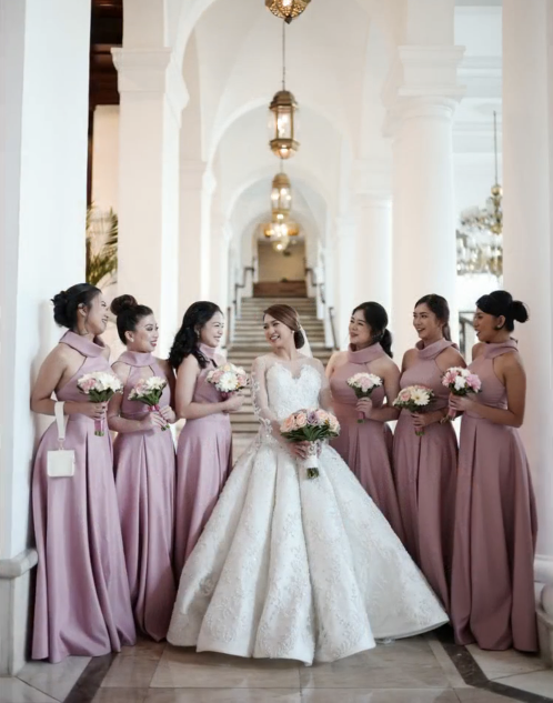 Wedding gown and entourage