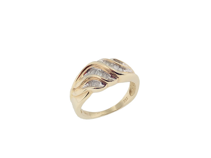 14KT yellow gold ladies diamond baguette diamond swirl band