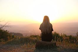 The Drawbacks of Overthinking