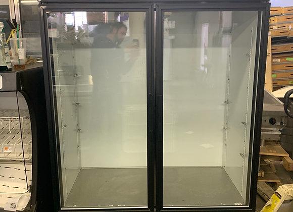 TRUE GDM-49 2 SWINGING GLASS DOOR REFRIGERATOR MERCHANDISER USED