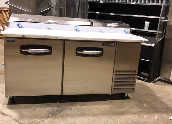 """NORLAKE PT67 67"""" COMMERCIAL PIZZA PREP TABLE COOLER SCRATCH AND DENT"""