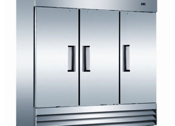 3 DOOR REACH IN STAINLESS REFRIGERATOR COMMERCIAL