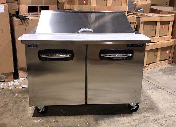 """NORLAKE SMP48-18 48"""" COMMERCIAL MEGA TOP SANDWICH PREP TABLE SCRATCH AND DENT"""