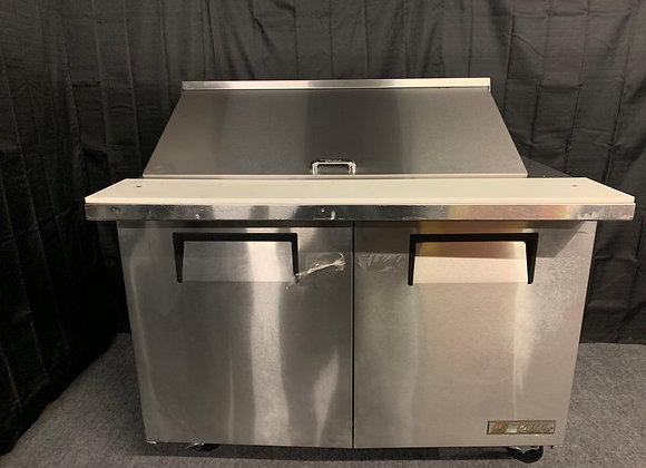 "TRUE TSSU-48-18M-8 48"" MEGA TOP SANDWICH PREP TABLE SCRATCH AND DENT"