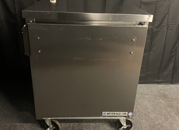 """BEVERAGE AIR WTR27A 27"""" UNDERCOUNTER REFRIGERATOR COOLER USED"""