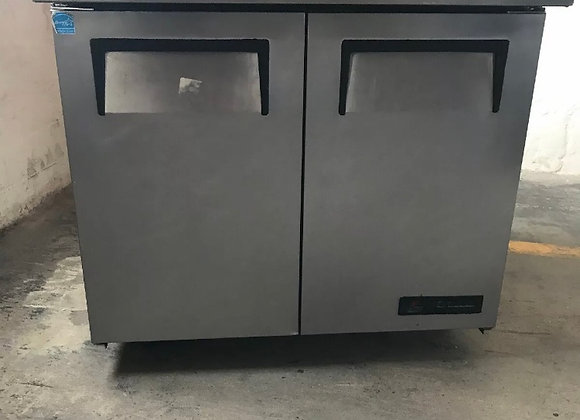 "TRUE TUC-36 36"" COMMERCIAL UNDERCOUNTER REFRIGERATOR COOLER USED WORKTOP"