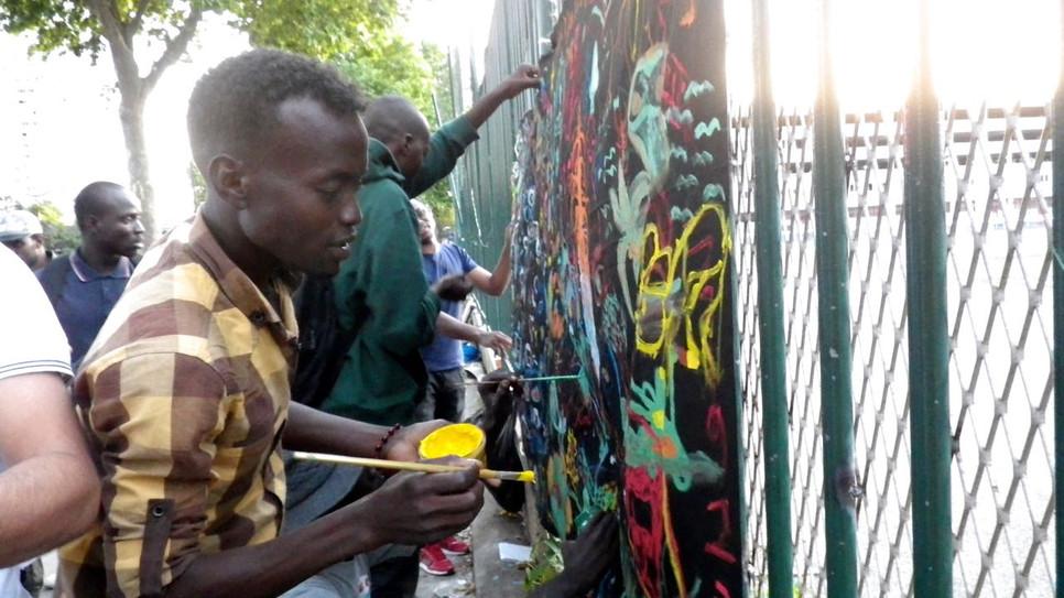 Moment d'expression avec les réfugiés de la porte de la Chapelle