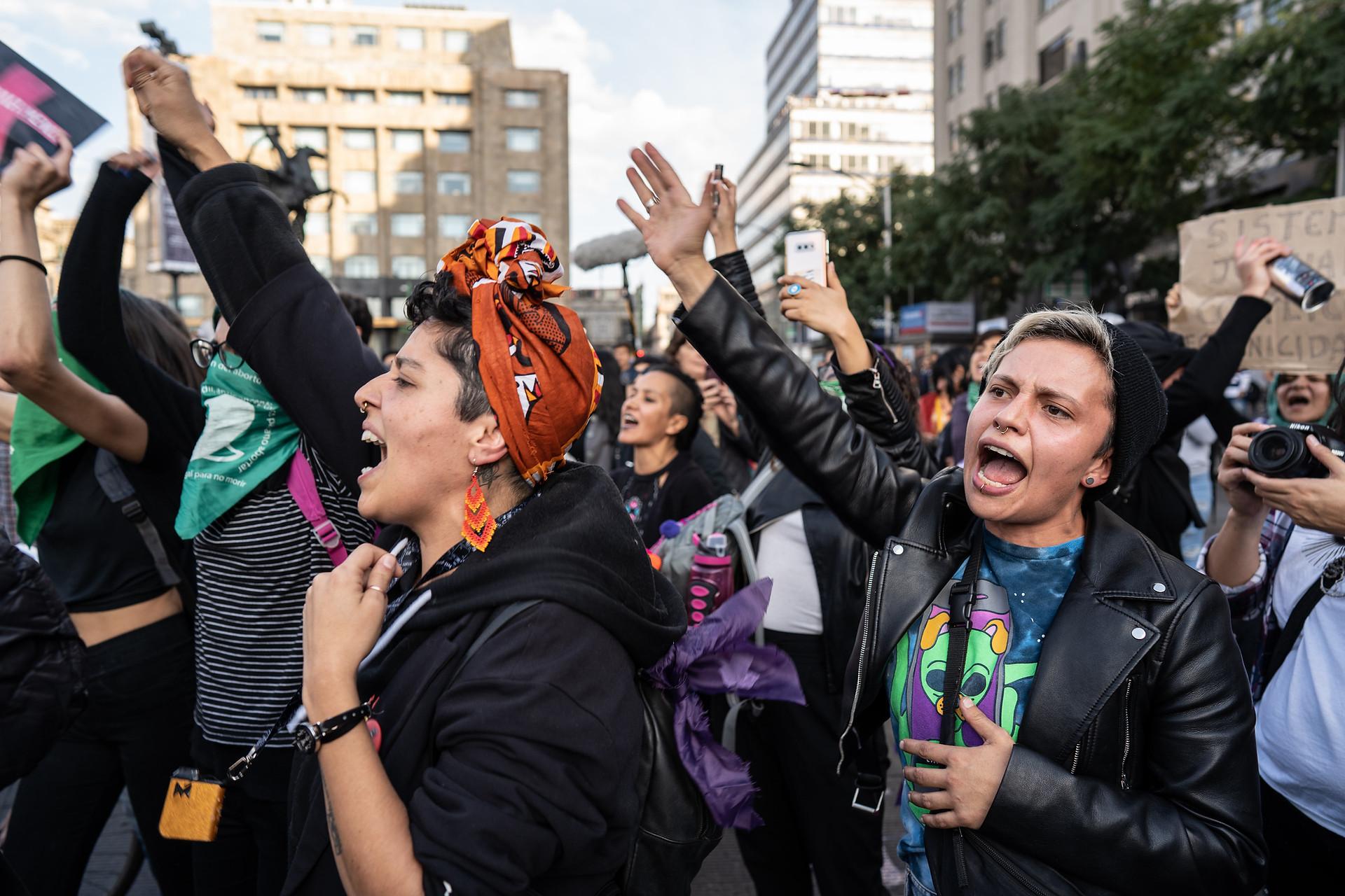 Feminist chanting