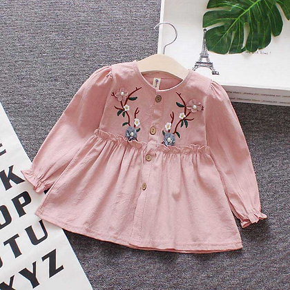 EMBROIDED FLOWER TOP