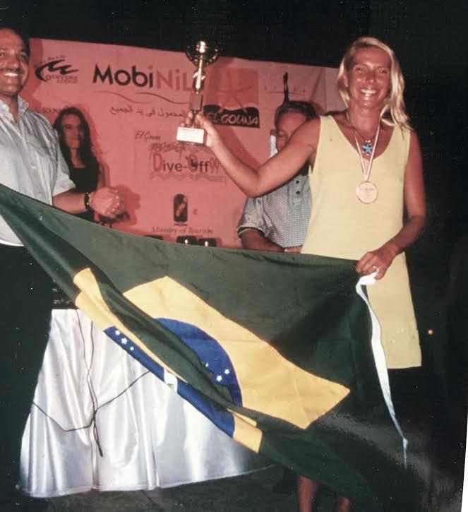 Bandeira do Brasil no pódium