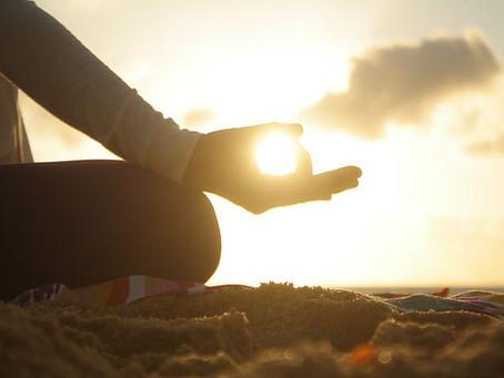 A Relação entre o Vedanta e o Yoga