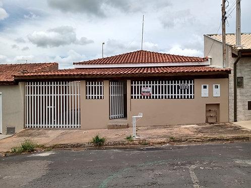 Duas residências independentes em Mococa