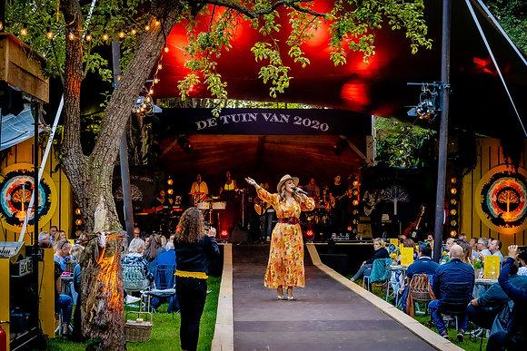 Trijntje Oosterhuis - De Tuin van 2020 - 23-7 - 05