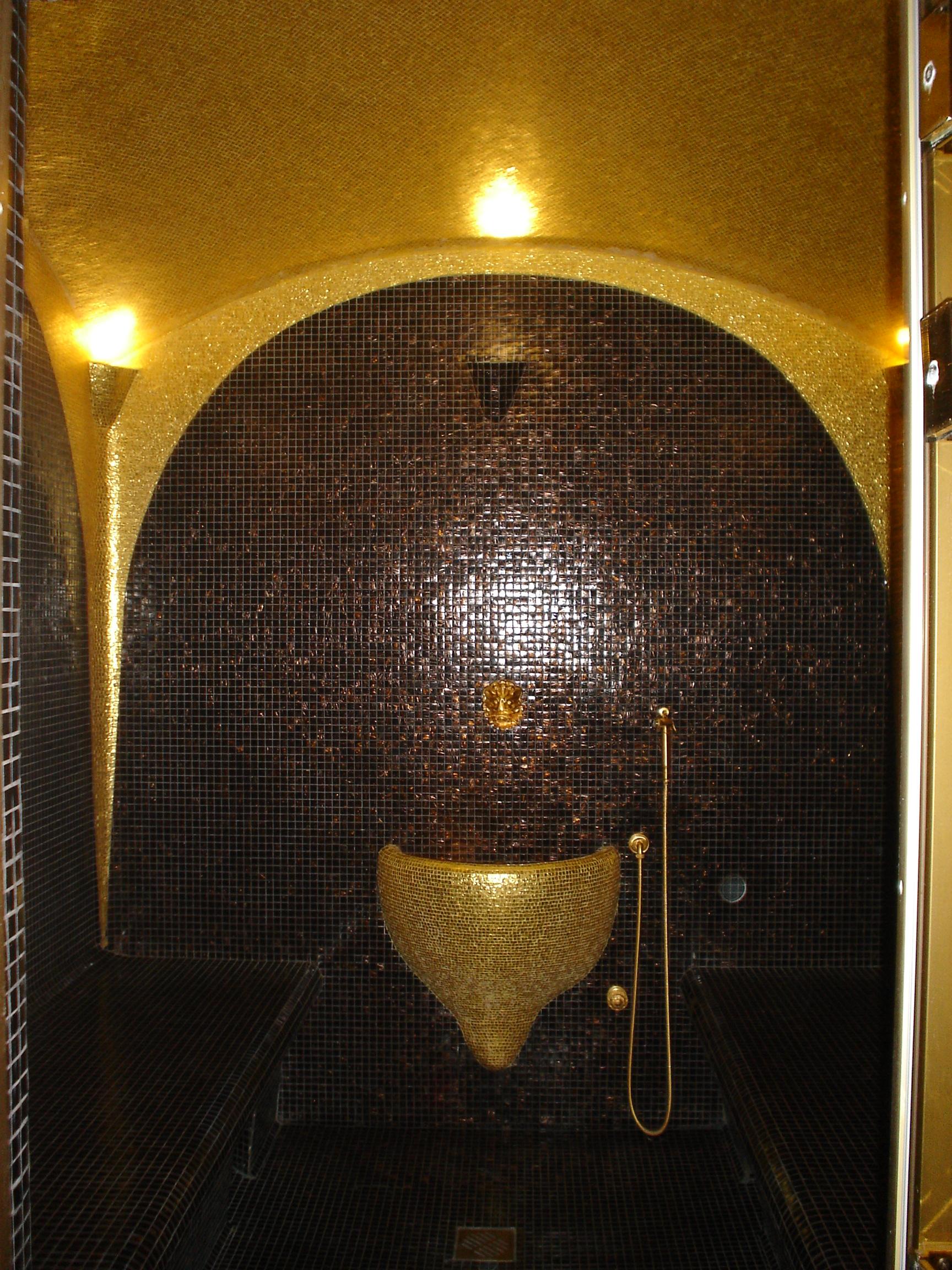 олотая мозаика для купола